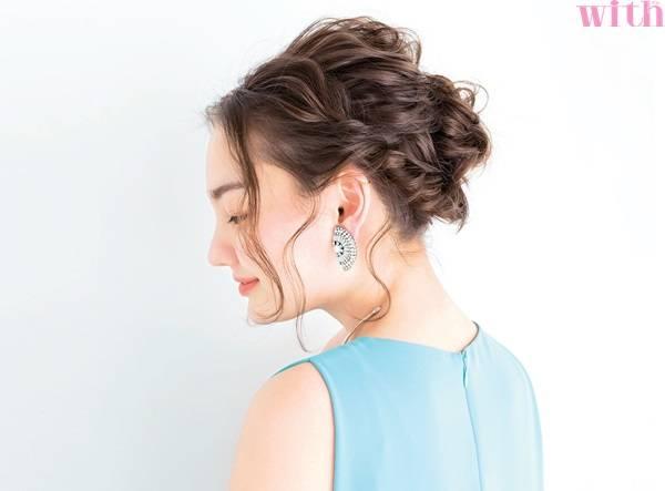 宴會、約會甚至參加婚禮都不是問題!手殘女超快上手的編髮技巧在這